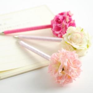 お花をつけたウェディングツリーのペン