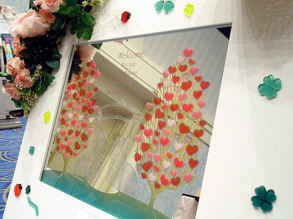 鏡に描いたウェディングツリー